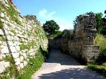 دیوار باقیمانده از شهر باستانی «تروا»