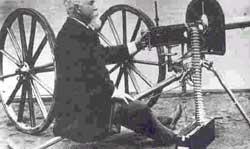 ماكسيم اختراع خود را به نمايش گذارده است