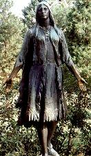 مجسمه پوکاهونتاس دختر رئیس قبیله سرخپوستان پوهاتان