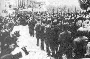 سربازان شوروی در خیابانهای شهر وین
