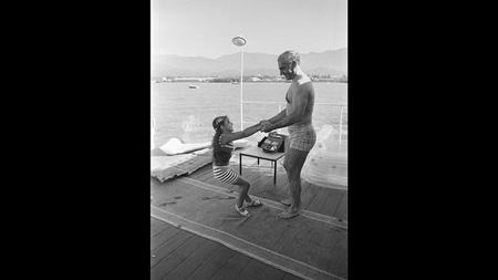 عکس هایی از خانواده پهلوی , فرح دیبا