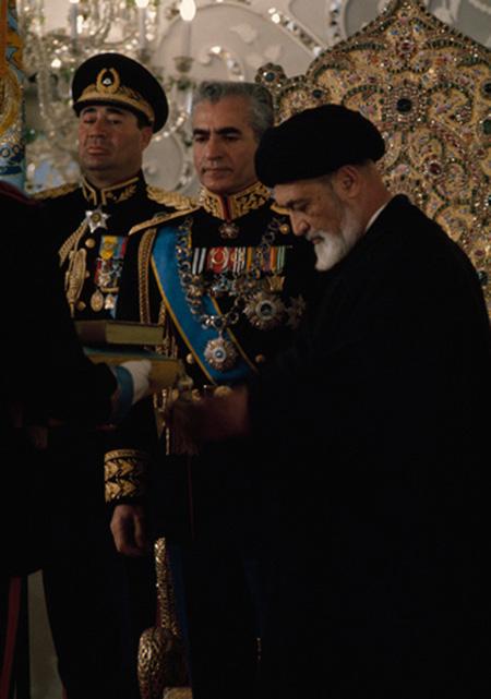 فیلم تاج گذاری محمد رضا پهلوی,جشن تاج گذاری
