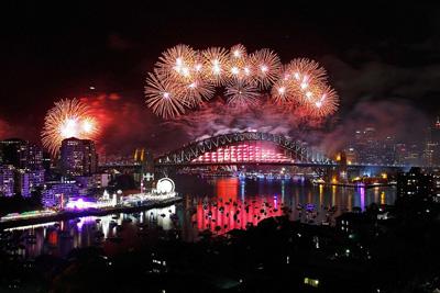 آداب و رسوم آغاز سال نو میلادی در جهان