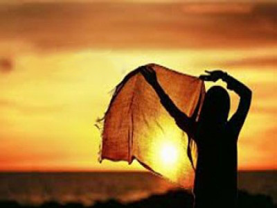 شعرهای زیبا و خواندنی , تا بیفتد روسریت از سر مشقت می کشند
