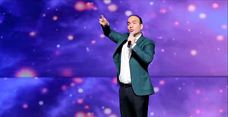 حسن ریوندی شومن و مجری ایرانی, طنزهای حسن ریوندی