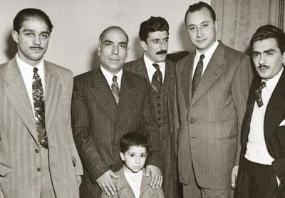 [تصویر:  biography-tajesfahani1-4.jpg]