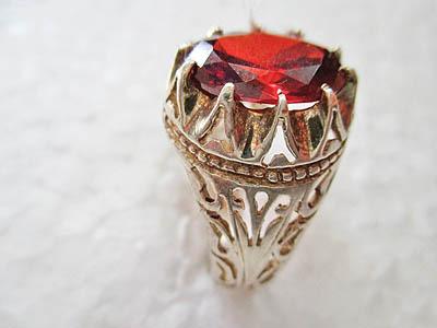 جواهرات صفوی, سنگهای قیمتی
