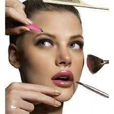 اشتباه در آرایش , مدل مو
