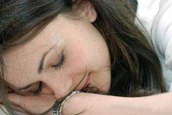بهداشت و زيبايي: زیبایی پوست با خوابی سالم