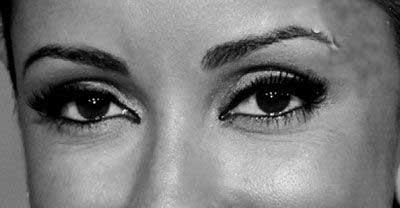 بهداشت و زيبايي:  عیوب چشم و ابروهایتان را خودتان بگیرید