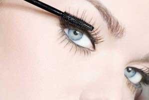 آرایش چشمها,زیباتر شدن مژهها