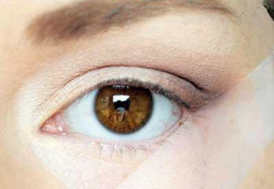 بهداشت و زيبايي: چشمان ریز را درشت کنید