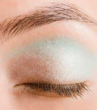 ترفندهای خاص برای آرایش پوست گندمی