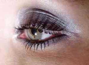 خط چشم مشکی