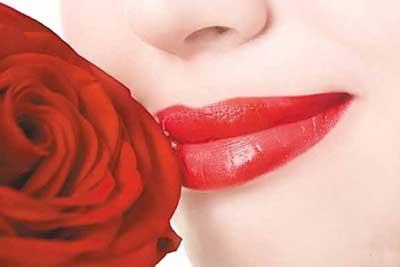 راهکارهایی برای زیبایی بیشتر لب ها