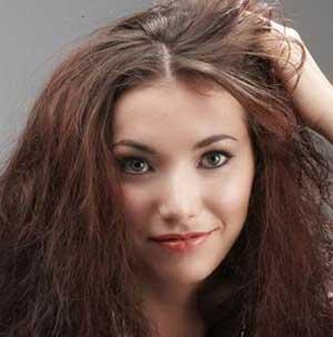 آرایش دانشجویی,کرم آرایشی دانشجویی,پایین آمدن سن آرایش