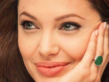 بهترین آرایش چشم برای خانم های 40 سال به بالا