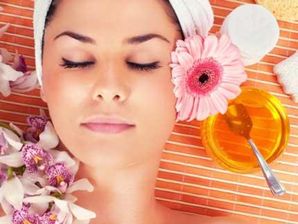 درمانهای مراقبت از پوست که در آشپزخانهتان دارید
