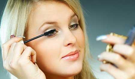 چگونه آرایشگر حرفه ای صورت خودتان باشید
