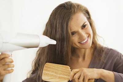 راه های خشک کردن مو