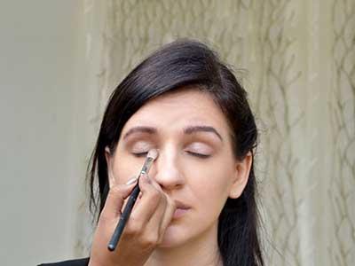 آرایش چشم برای یک مراسم یا قرار ملاقات رسمی