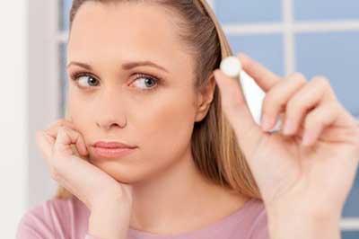 سلامت موها |آیا مکمل رشد مو باعث زیاد شدن مو زائد بدن و جوش میشود؟
