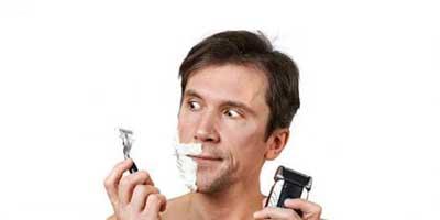 اصلاح صورت با تیغ یا ریش تراش؟ کدام بهتر است؟