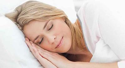 تاثیر خوابیدن بر روی سلامت پوست