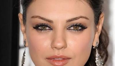 مراحل آرایش چشم