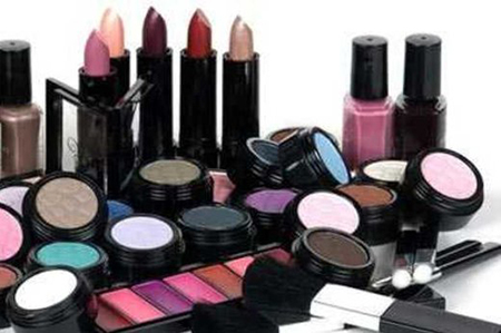 [عکس: detection-counterfeit-cosmetics-2.jpg]