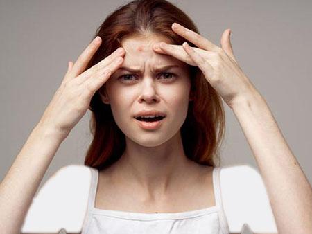 بیماری مرتبط با جوش پیشانی, رفع جوش پیشانی, جوش پیشانی