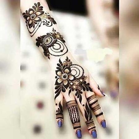 طراحی حنا روی دست،طراحی حنا روی دست عروس های هندی،طراحی حنا