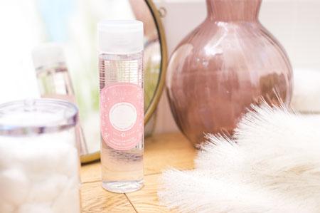 عکس محصول میسلار واتر و نحوه استفاده از Micellar Water