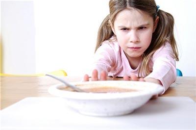 کم اشتهایی کودکان در فصل تابستان,کم اشتهایی کودکان,علت کم اشتهایی کودکان