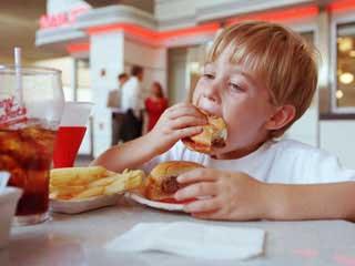 فست فود,تغذیه کودکان,غذای کودکان