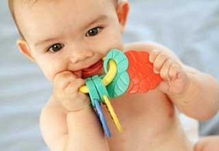 دندان درآوردن کودکان,كاهش درد دندان درآوردن کودکان