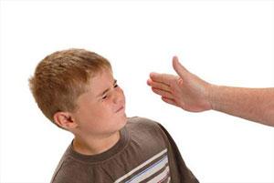 تنبیه کودک,تشویق نکردن تنبیه کودک