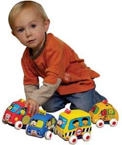 راهنمای انتخاب اسباب بازی بی خطر برای کودکان