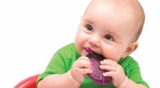 مراقب نخستین دندان های کودکتان باشید!