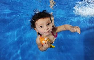 استخر کودکان,شنا کردن کودک