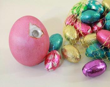 تخممرغ رنگی,رنگ کردن تخم مرغ برای عید,طرز رنگ کردن تخم مرغ