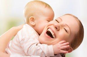 مهم ترین اثرات و فواید شیر مادر