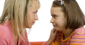 چرا کودکتان به حرف تان گوش نمی دهد؟