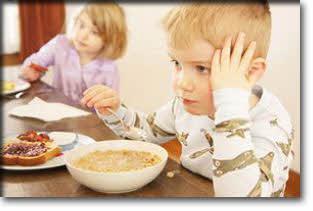 غذاهایی که سلامت كودك را تهدید می كنند!!