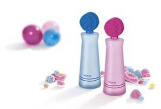 عطر برای کودکان,عطر زدن به کودکان,مضرات عطر زدن به کودکان
