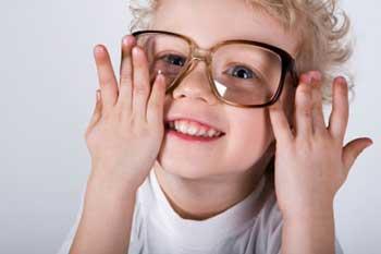 چگونه اعتماد به نفس کودک را بیشتر کنیم