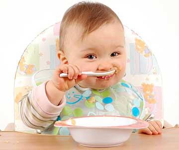 شروع غذای جامد نوزاد