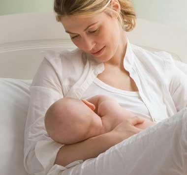 از شیر گرفتن کودک,بهترین زمان از شیر گرفتن کودک,شیر دادن به کودک