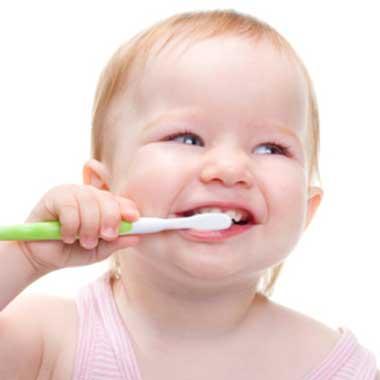 دندانهای کودک,حفاظت از دندانهای کودک,تمیز کردن دندانهای کودک