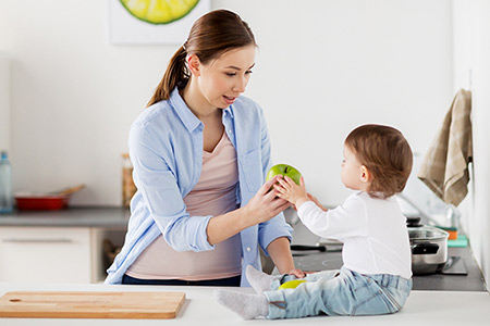 حرف زدن کودک, دیر حرف زدن کودک, علت دیر حرف زدن کودک, زبان باز کردن کودک